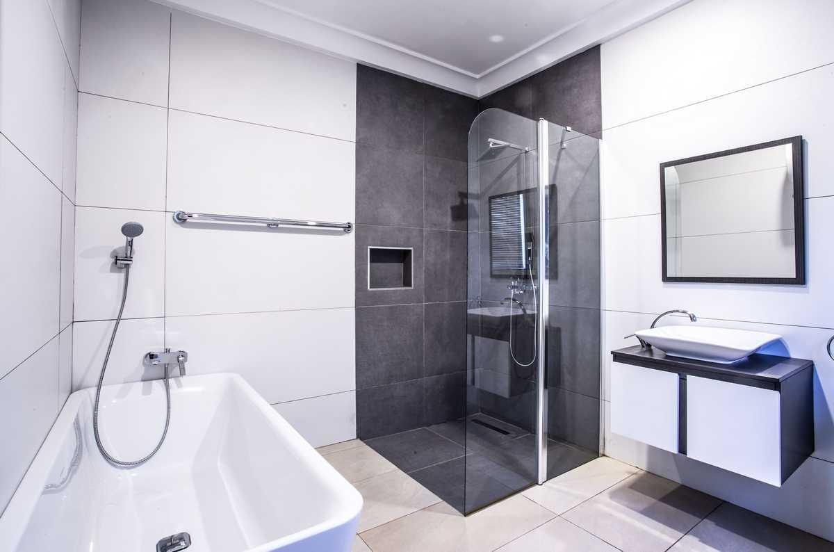 infinity-bathroom (2)